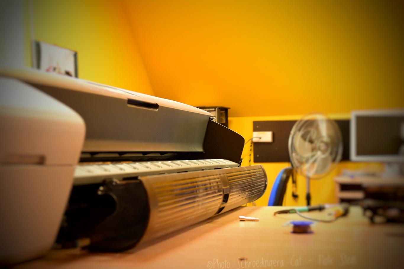Serwis ploterów i techniczna obsługa. © Zdjęcie za zgodą Akte.com.pl i autora @PhotoSchroedingerCat